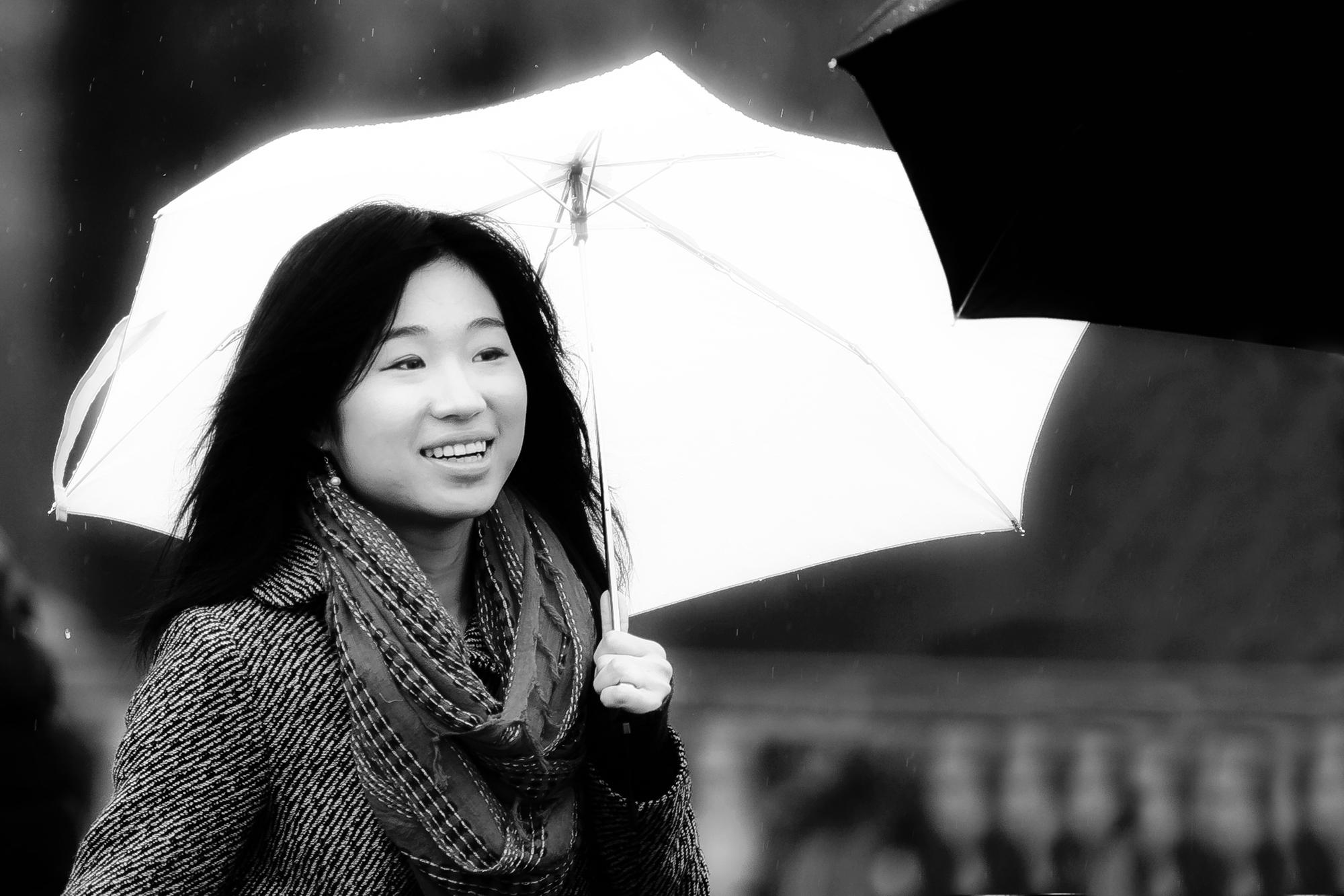 La Demoiselle au Parapluie